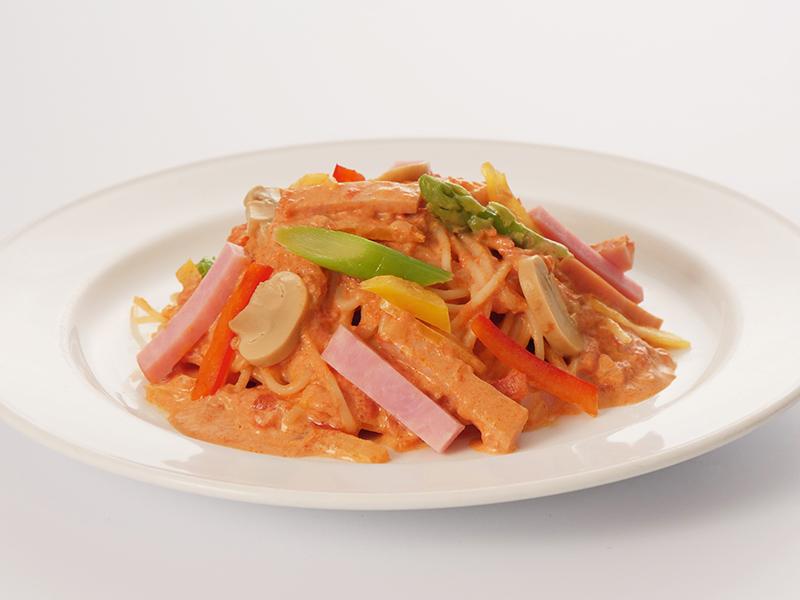 ハムと彩野菜のトマトクリーム